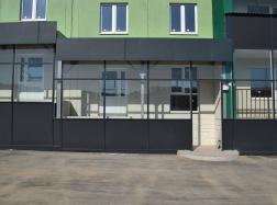Фасады коммерческих помещений в доме №5 (стр.40)